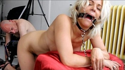 Blonde MILF loves to get kinky with Johnny Rockard