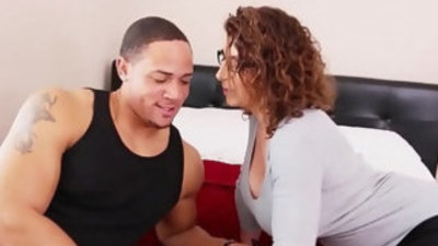 Big assed sara jay gets pussy pounding by football jock