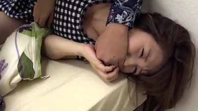 Amateur, homemade-style porno videos with Asian GFs