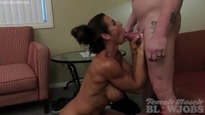 Sexy Female Bodybuilder Gives A Blow Job