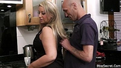 Husband caught with chubby babe