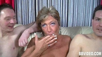 Short haired milf gets double fucked