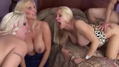 Cougar porn focusing on mature yet sexy women from Asia