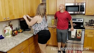 Home For Christmas With Horny Mom